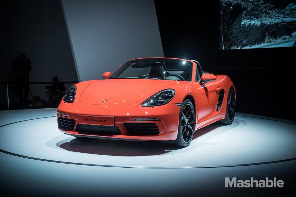 New York Auto Show 2016 Porsche 718 Boxster S