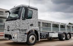 Olvídate del 'Semi Tesla', 'Mercedes' ya tiene el primer camión totalmente eléctrico del mundo