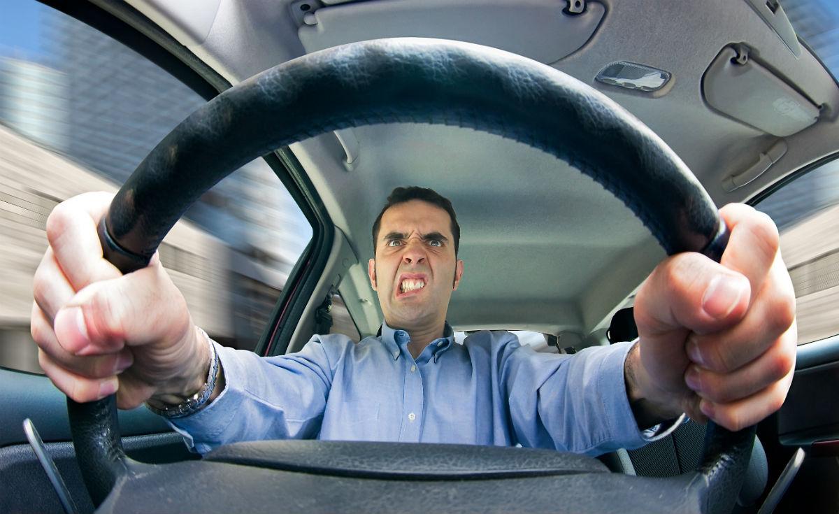 errores que se cometen al manejar en trafico