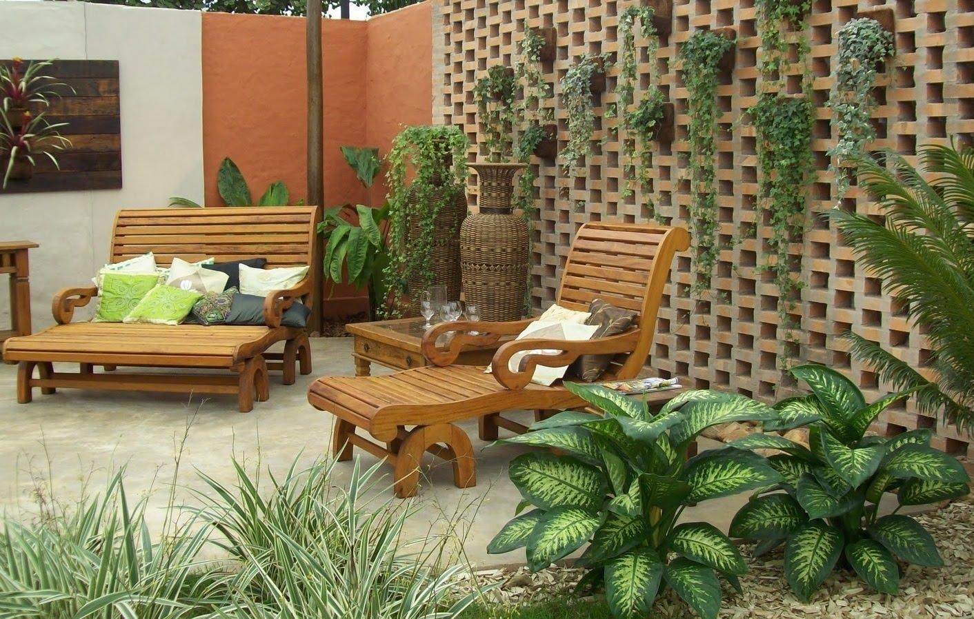 Crea un jard n peque o en tu casa blog de bienes en full for Jardines exteriores de casas de campo